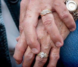 older-couple-holding-hands